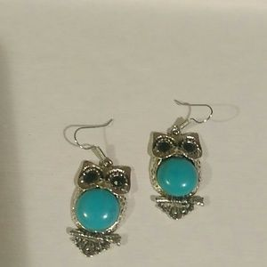 Jewelry - Beautiful Turquoise & Antique Silver Owl Earrings